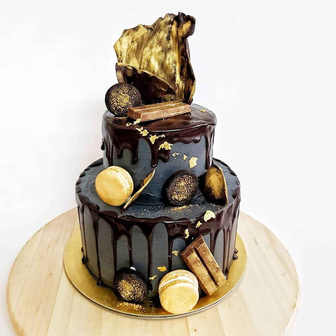 Black and Gold Chocoholic